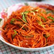 【炒胡萝卜的做法】炒胡萝卜的功效与作用_孕妇可以吃炒胡萝卜吗