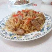 白萝卜丝炒肉的做法