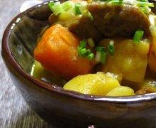 咖喱土豆炖牛腩的做法视频
