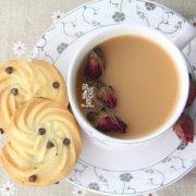 玫瑰奶茶的做法