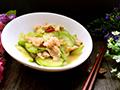 西葫芦炒虾仁鸡片的做法