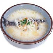 【鲫鱼白萝卜汤的功效】鲫鱼白萝卜汤的营养价值_鲫鱼白萝卜汤的做法