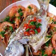 鱼虾满盘的做法