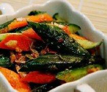 【腌制黄瓜的正确方法】腌制黄瓜的食疗功效_腌制黄瓜的食材选购