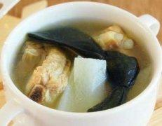 【白萝卜海带排骨汤】白萝卜海带排骨汤的做法