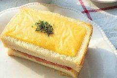 芝士火腿三明治的家常做法