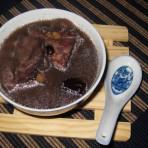 黑豆桂圆羊肉汤的做法