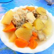 雪莲果排骨汤的做法