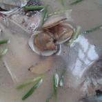 蛤蜊鲫鱼汤的做法