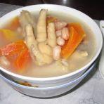 鸡爪木瓜花生汤的做法