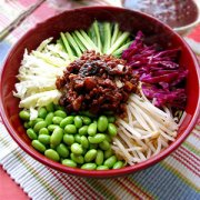 【青椒牛肉酱】青椒牛肉酱的做法_青椒牛肉酱的营养价值