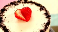 草莓芝士慕斯的做法视频