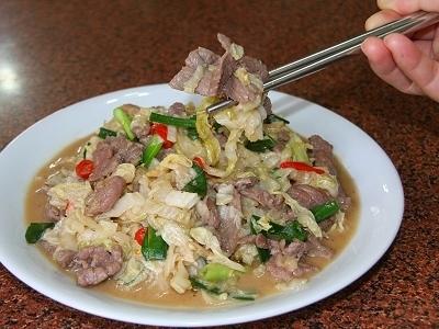 酸白菜炒牛肉的做法视频