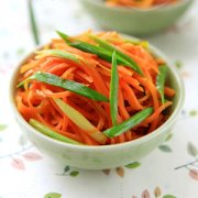 【炒胡萝卜酱】炒胡萝卜酱的做法_土豆炒胡萝卜酱的做法