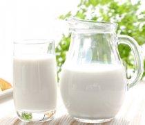 【喝纯牛奶的好处】喝纯牛奶会长胖吗