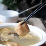 油豆腐木耳笋鸡汤