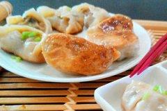 猪肉胡萝卜煎饺的做法