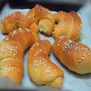 黑加仑牛角面包的做法