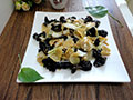 木耳炒白菜土豆干的做法
