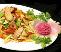 【萝卜干咸菜的做法】萝卜干咸菜适宜人群_萝卜干咸菜的制作技巧