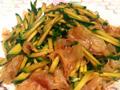 黄瓜丝拌银耳的做法