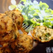 香椿豆腐丸的做法