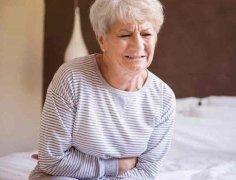 老人白带多小心阴道炎需多吃薏仁绿豆
