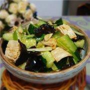 【木耳拌黄瓜的做法】木耳拌黄瓜的食材选购_木耳拌黄瓜的清洗技巧