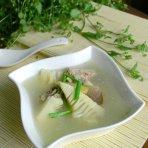 春笋排骨咸肉汤的做法