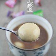 红糖花生汤圆的做法