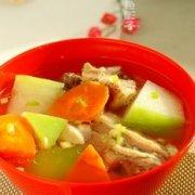 双色萝卜羊骨汤的做法