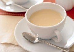 牛奶配红茶 有效抗感冒