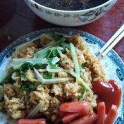 炒饭+汤,简单的一餐的做法