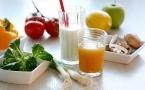 睡前吃什么养胃?喝牛奶会伤胃