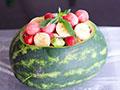 如何制作不用盘子的水果沙拉的做法