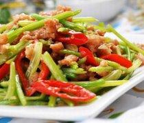 【芹菜炒肉末】芹菜炒肉末的做法_芹菜炒肉末怎么做好吃