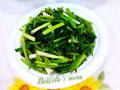 芹菜芽炒蒜苗的做法
