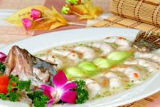 春节年夜饭菜谱:清蒸桂鱼的做法