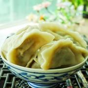 【芹菜饺子馅怎么做好吃】芹菜饺子的营养价值_做芹菜饺子的注意事项