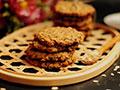 黑芝麻燕麦高纤饼干的做法