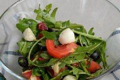 马苏里拉蔬菜沙拉的家常做法