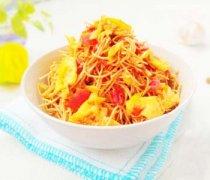 【西红柿鸡蛋炒面】西红柿鸡蛋炒面的做法_西红柿鸡蛋炒面的营养价值