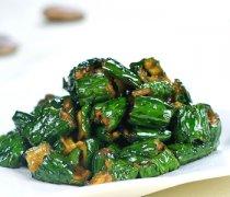 【酱油腌黄瓜的做法】酱腌黄瓜的食疗功效_酱油腌制黄瓜的食材选购