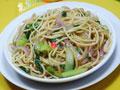 洋葱青菜素炒面的做法