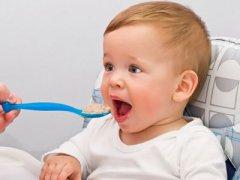 什么时候婴儿可以开始吃肉? 该给婴儿什么时候加肉类辅食