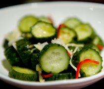 【腌黄瓜的做法大全】腌黄瓜的功效_腌黄瓜怎么做好吃