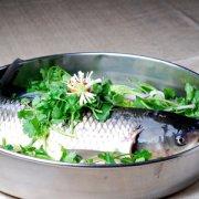 【清蒸草鱼的做法】清蒸草鱼的营养价值_清蒸草鱼要蒸多久