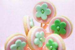 花朵棒棒糖饼干