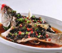 【豆豉蒸鲈鱼】豆豉蒸鲈鱼的营养价值_豆豉蒸鲈鱼要蒸多久