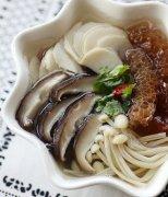 【炒金针菇】金针菇炒鸡蛋_金针菇炒肉_金针菇炒肉丝
